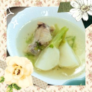 カブと手羽のスープ